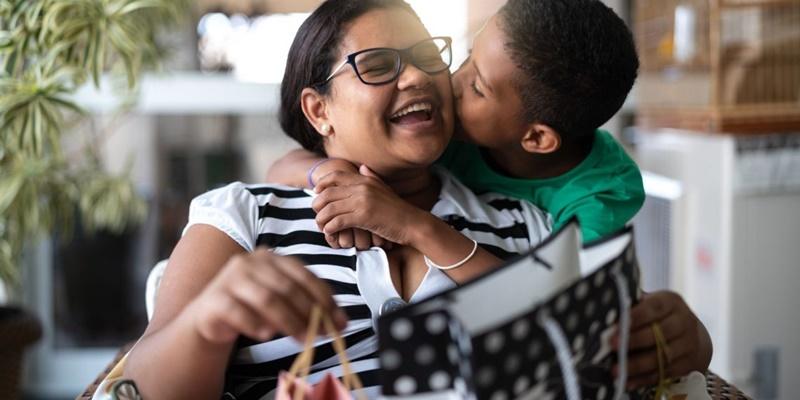 Evitar inadimplência no mês das mães Consultas Serasa